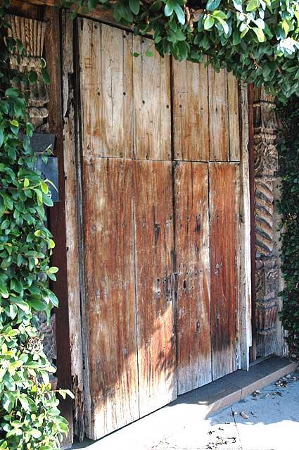 Santa Monica Boulevard Door, 12 January 2006