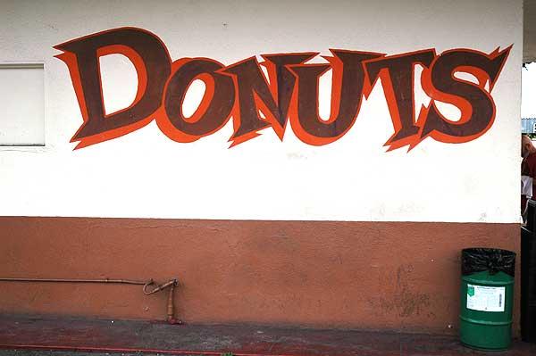Randy's Donuts, 19 January 2006