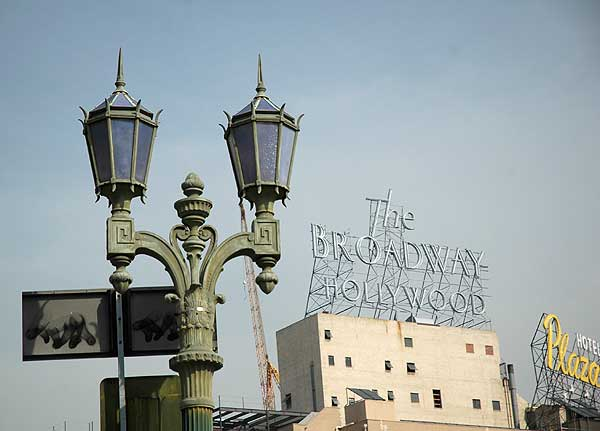 The Broadway Hollywood (signage)