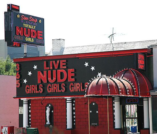Live-Nude-Girls, La Cienega Boulevard