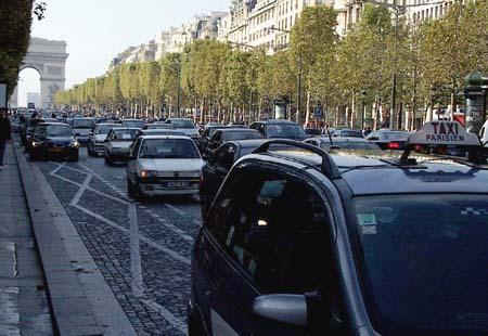 Champs-Elysées, October 2005