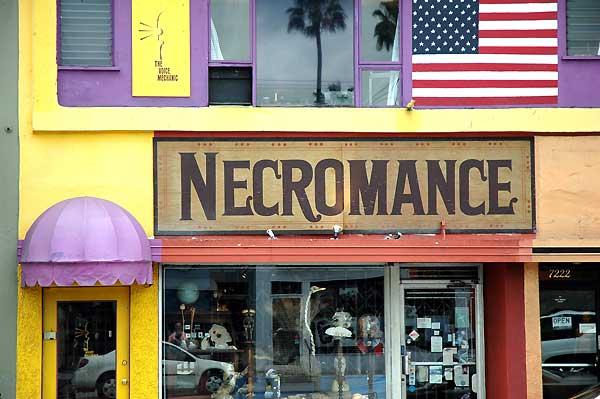 Melrose Avenue, Los Angeles, November 10, 2005