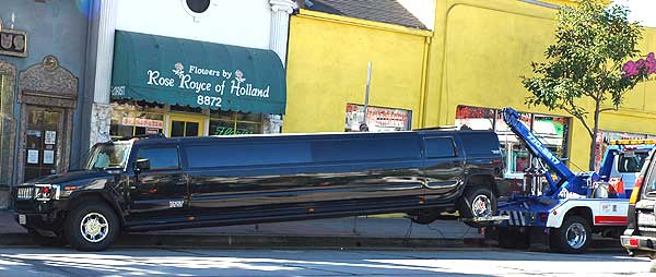 Dead Hummer limo on Sunset - November 19, 2005