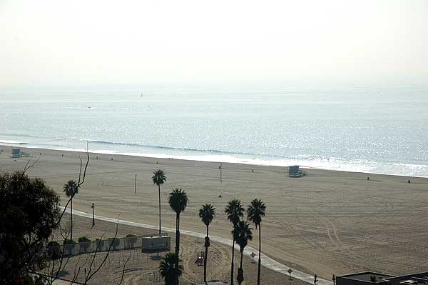 The beach at Santa Monica, 15 December 2005