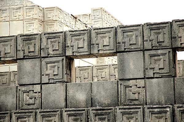 Ennis House - Frank Lloyd Wright - 12/18/05