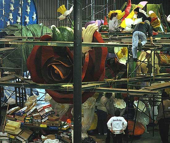 Rose Parade Floats 29 December 2005