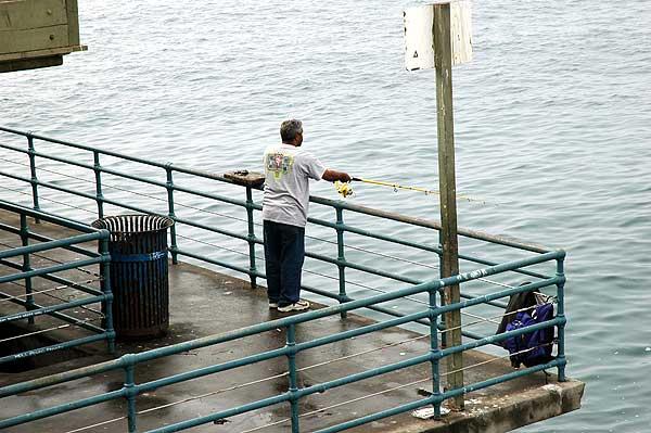Santa Monica Municipal Pier, 1 December 2005