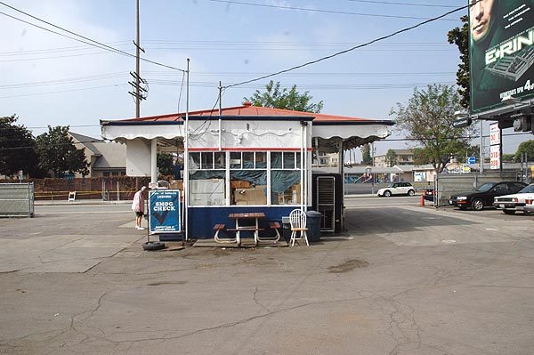 T&T Service, Sawtelle Boulevard, West Los Angeles