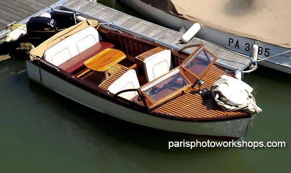 Paris, small Seine boat...