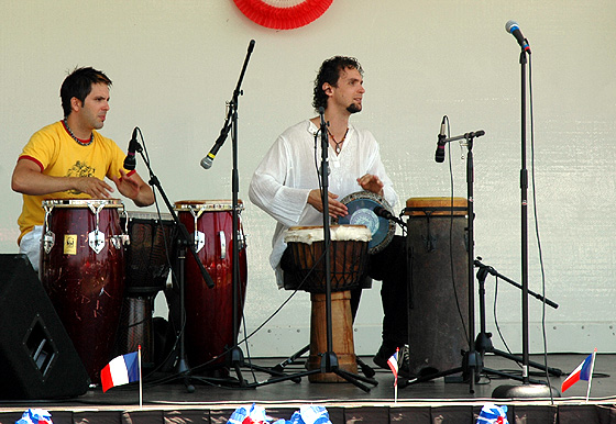 LA Bastille Day party - 17 July 2005 (drummers)