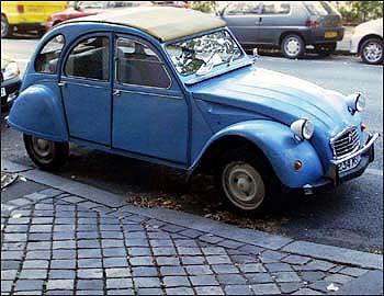""",,,a Citroën """"Deux Chevaux:"""