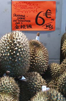 Ivry-sur-Seine - September 2005 (Durian)