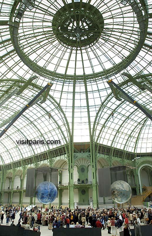 Paris: The Grand Palais, September 2005