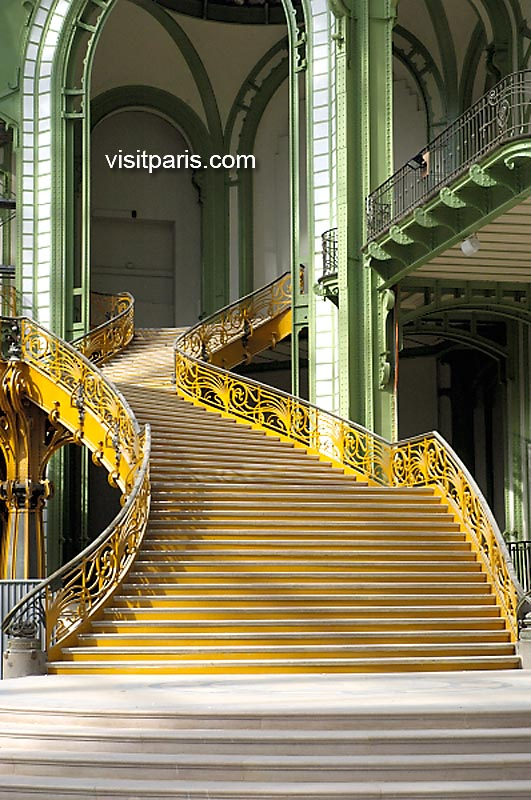 Paris: The Grand Palais, September 2005