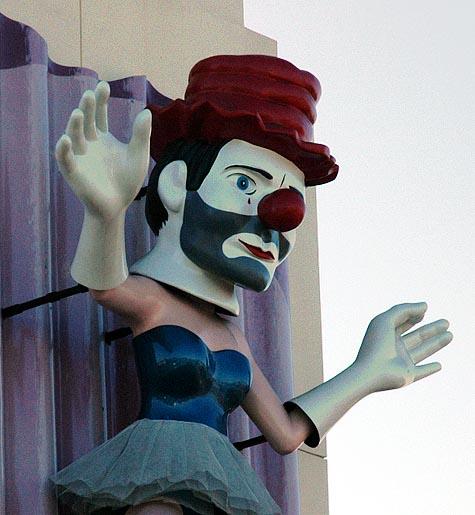 """Jonathon Borofsky's """"Ballerina Clown"""" (1989)"""