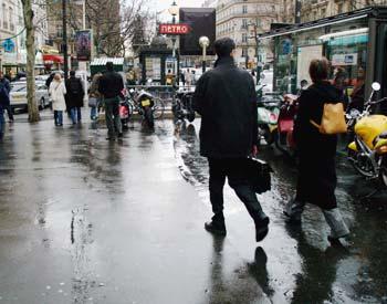 Rainy street in Paris Wednesday, 8 March 2006