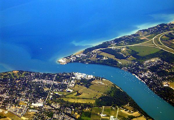The Niagara River at Fort Niagara, July 2005