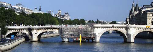 Stone repair to Pont Neuf