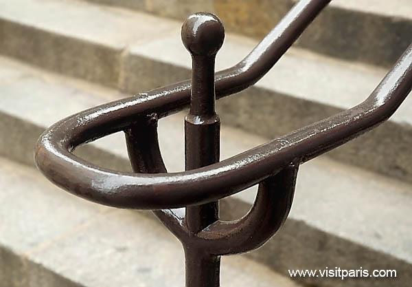 Paris railing ...