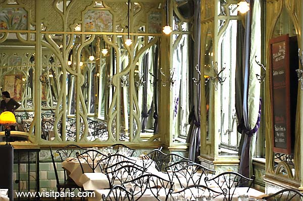 Paris restaurant mirrors...