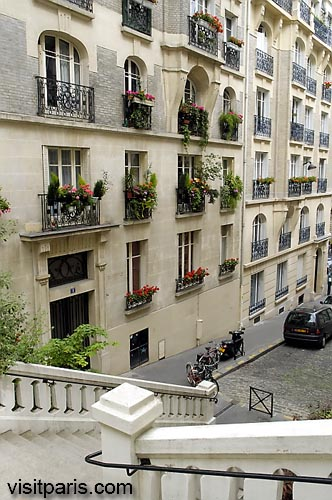 Paris street with flowers, November 2005