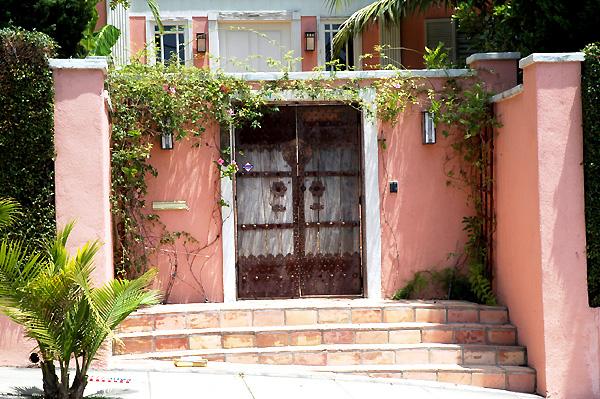 Hollywood Door: Franklin and North Sierra Bonita