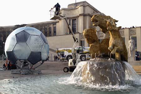 Paris Soccer promo ball -15 January 2006